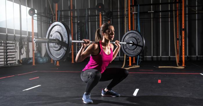 Tập squat đã lâu vẫn có thể sai: Huấn luyện viên chỉ ra những lỗi thường mắc phải - Ảnh 3