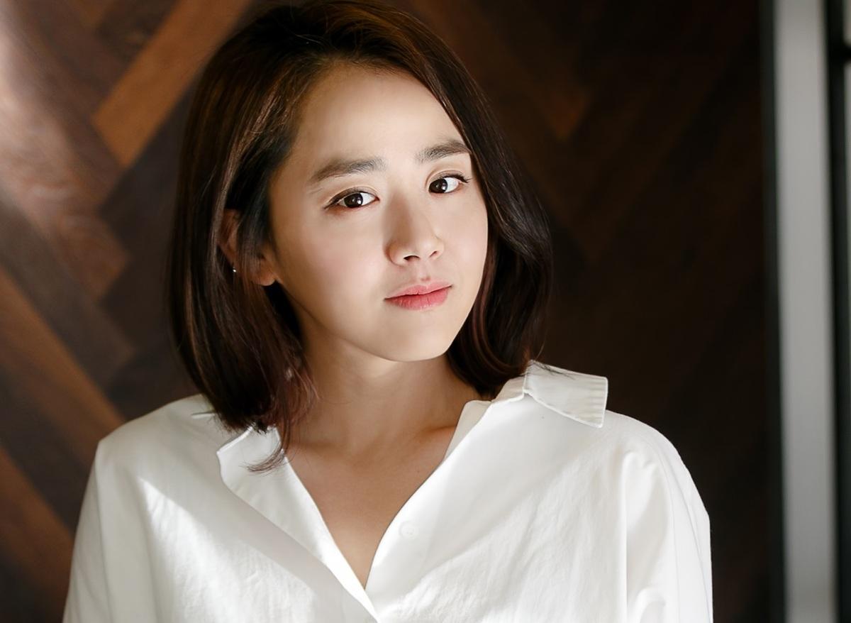 Bí quyết chăm sóc da của các mỹ nhân không tuổi xứ Hàn - Ảnh 4