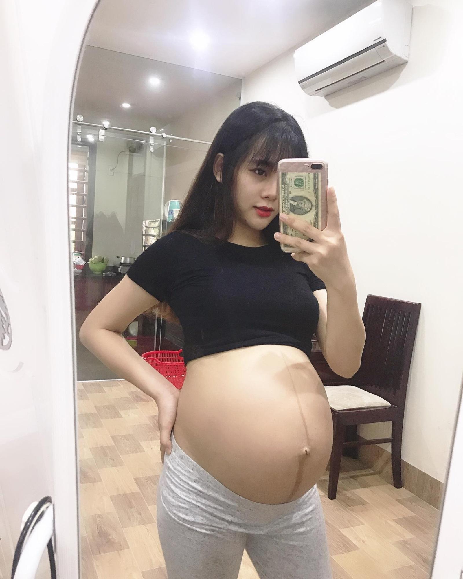 Mẹ bầu xinh như hot girl tiết lộ 2 thứ đồ ăn mỗi ngày để con tăng cân đều đặn mà mẹ vẫn thon gọn - Ảnh 3