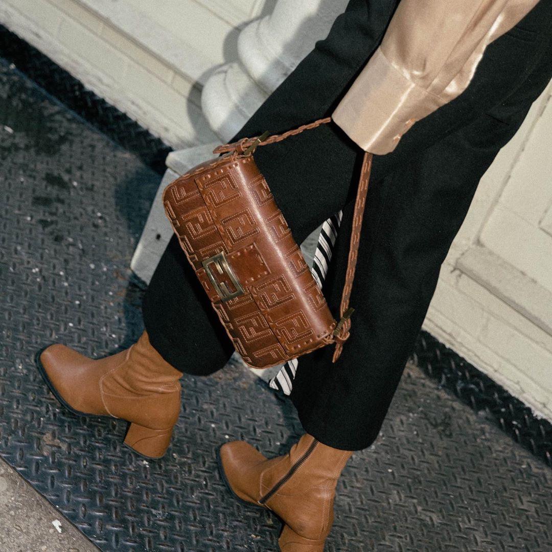 Boots + quần dài: Công thức chưa bao giờ hết hot nhưng mix theo 3 cách này mới là chất nhất - Ảnh 4