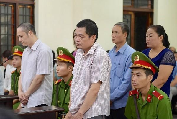 Đề nghị án cao nhất 9 năm tù trong vụ gian lận điểm thi ở Hà Giang - Ảnh 1