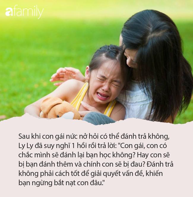 Đứa trẻ đi học về nức nở hỏi 'con bị đánh có thể đánh trả không?', câu trả lời của người mẹ thật đáng khen - Ảnh 2