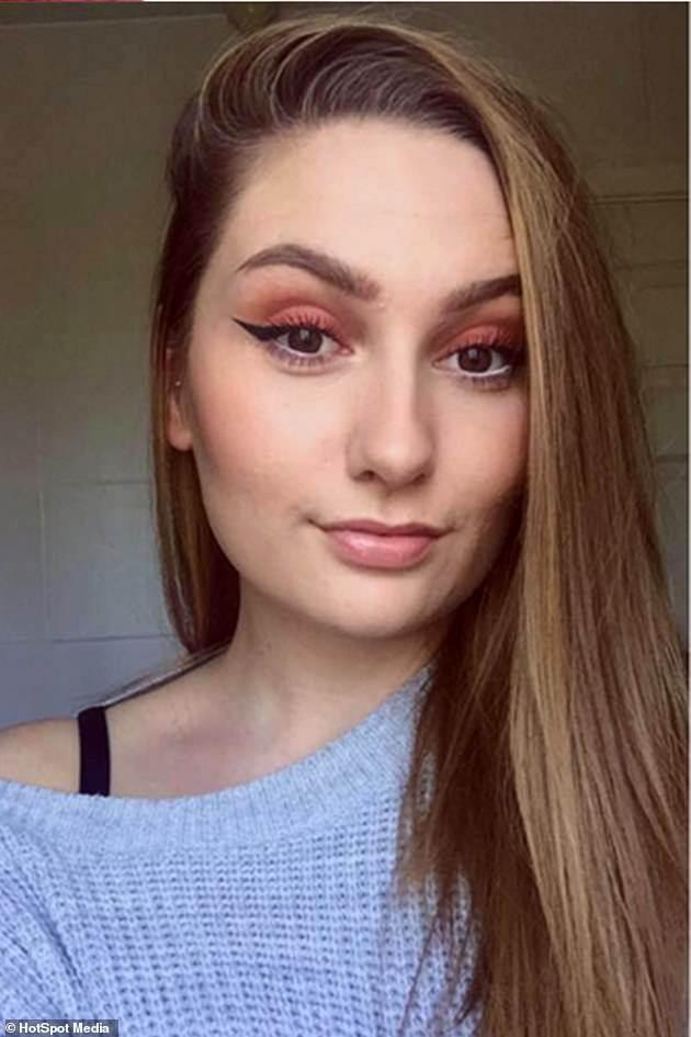 Cô gái 18 tuổi suýt mù vì quên làm một việc trước khi nhuộm tóc, chị em nên lưu ý - Ảnh 1