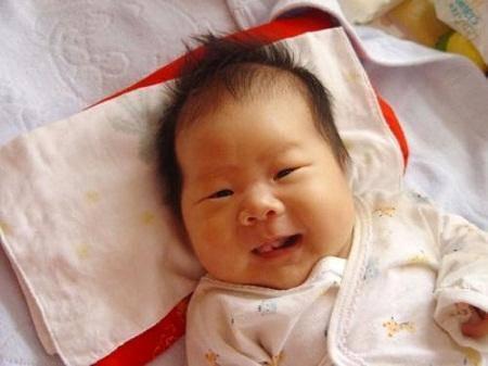"""Em bé có 1 trong 4 đặc điểm này thì chúc mừng, đây là món """"thưởng lớn"""" cho bố mẹ - Ảnh 1"""