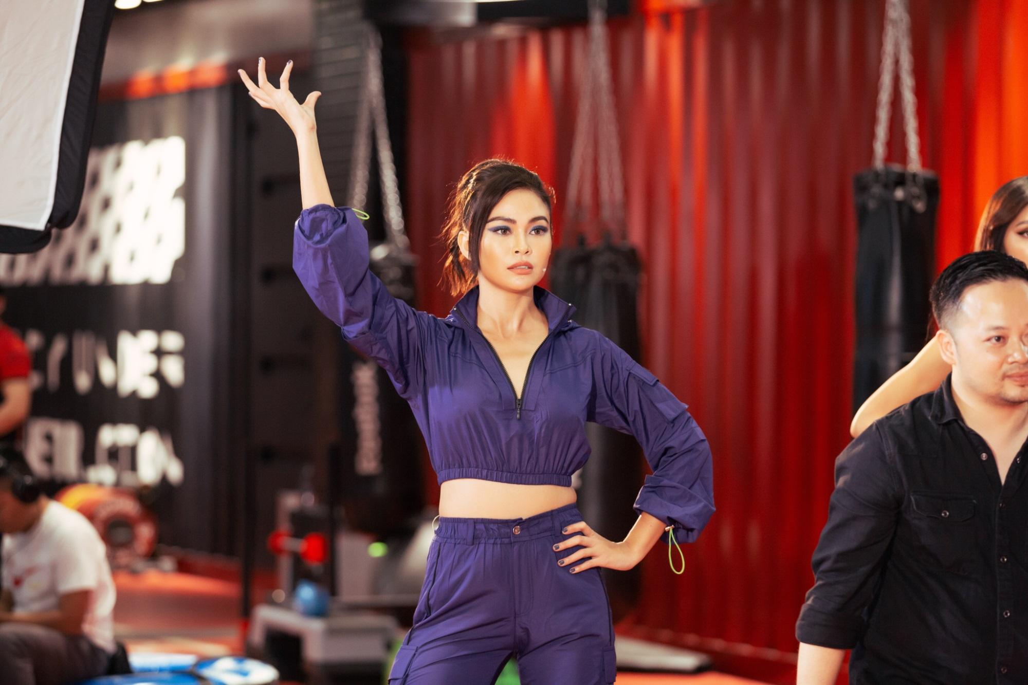Á hậu Mâu Thủy, siêu mẫu Minh Tú huấn luyện thí sinh trong tập 8 'Tôi là Hoa hậu Hoàn vũ Việt Nam 2019' - Ảnh 3