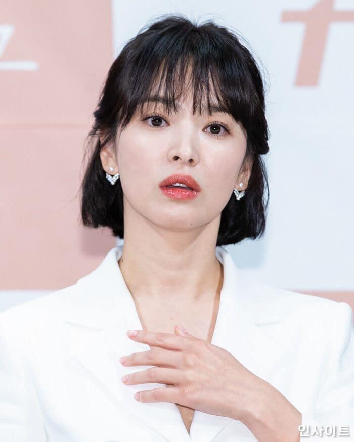 Fan bất an vì phát hiện cả Song Joong Ki và Song Hye Kyo đều không làm điều này sau hơn 1 năm kết hôn - Ảnh 4