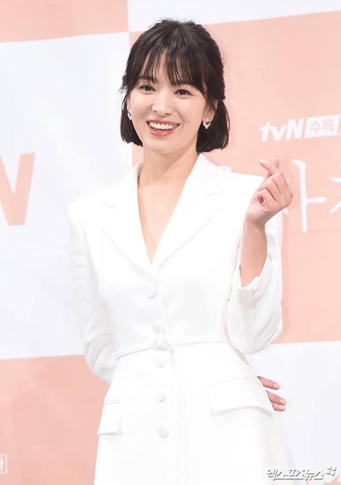 Fan bất an vì phát hiện cả Song Joong Ki và Song Hye Kyo đều không làm điều này sau hơn 1 năm kết hôn - Ảnh 5