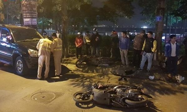 Nữ tài xế lái xe Lexus đâm 6 người bị thương: 'Sau khi gây tai nạn, ra ghế đá cạnh hiện trường uống nước, hút thuốc' - Ảnh 2