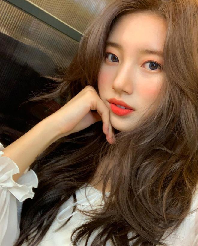 4 hot trend trang điểm của mùa Xuân 2019: không chỉ nịnh mặt, ai diện cũng đẹp mà còn cực hợp để 'quẩy' dịp Tết - Ảnh 2