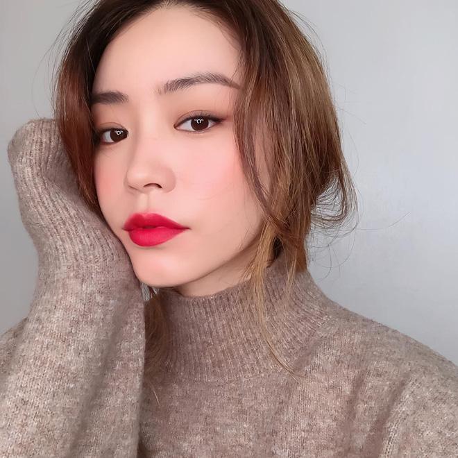 4 hot trend trang điểm của mùa Xuân 2019: không chỉ nịnh mặt, ai diện cũng đẹp mà còn cực hợp để 'quẩy' dịp Tết - Ảnh 3