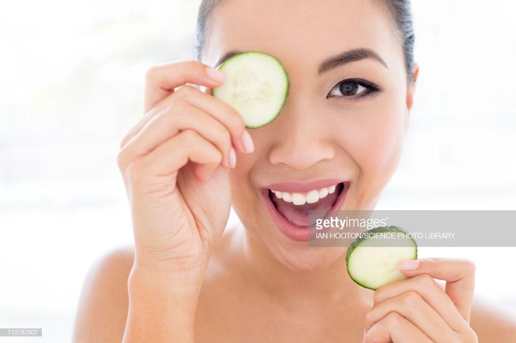 Cách xóa quầng thâm mắt hiệu quả giúp gương mặt toả sáng trong mùa Tết - Ảnh 5
