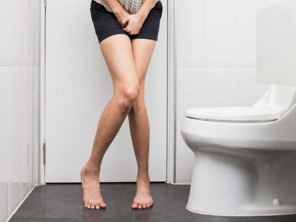 Những biểu hiện cảnh báo bệnh u nang buồng trứng mà con gái không nên chủ quan bỏ qua - Ảnh 2