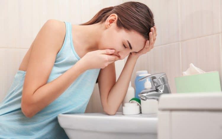 Những biểu hiện cảnh báo bệnh u nang buồng trứng mà con gái không nên chủ quan bỏ qua - Ảnh 3