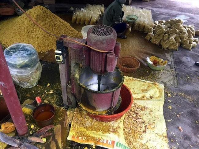Phát hiện cơ sở trộn lưu huỳnh vào riềng xay sẵn, chuyên gia cảnh báo nguy hại của thực phẩm chứa lưu huỳnh - Ảnh 1