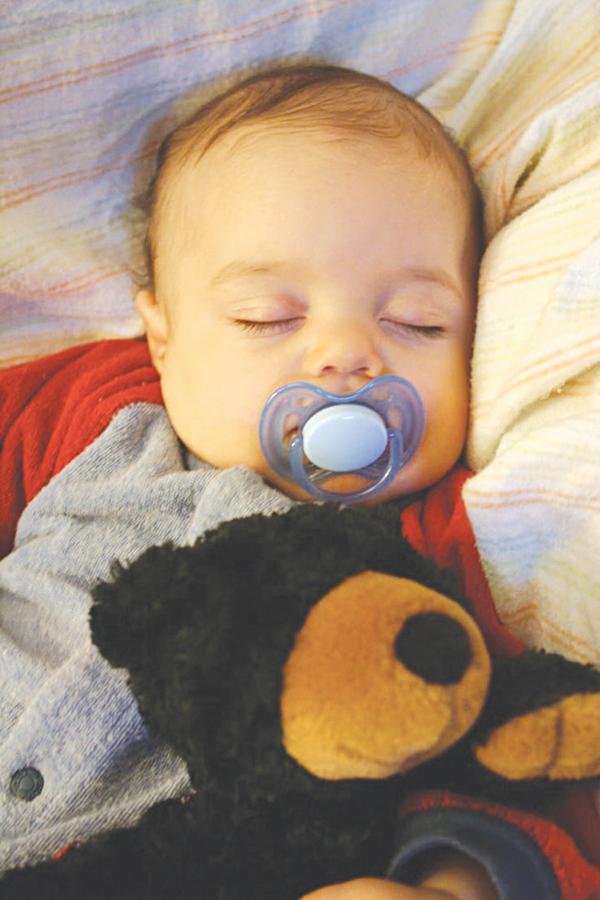 Tập cho trẻ sơ sinh giấc ngủ ngoan - Ảnh 2