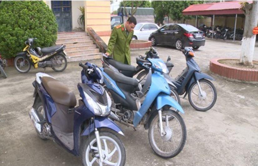Thái Bình: Hai con nghiện chuyên cướp giật của phụ nữ khi trời tối sa lưới - Ảnh 2