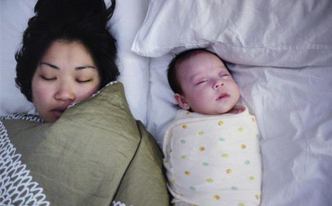 Đằng sau những vụ tử vong của trẻ sơ sinh khi ngủ là lời cảnh báo đau lòng của chính viên cảnh sát dành cho bố mẹ - Ảnh 2