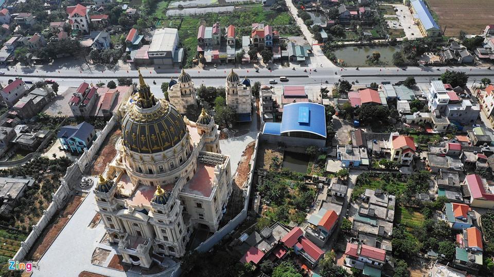 Lâu đài như trong truyện cổ tích của đại gia Ninh Bình - Ảnh 4