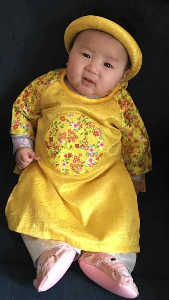 Lộ ảnh hiếm hoi về con gái mới sinh của ca sĩ Mai Thiên Vân - Ảnh 1