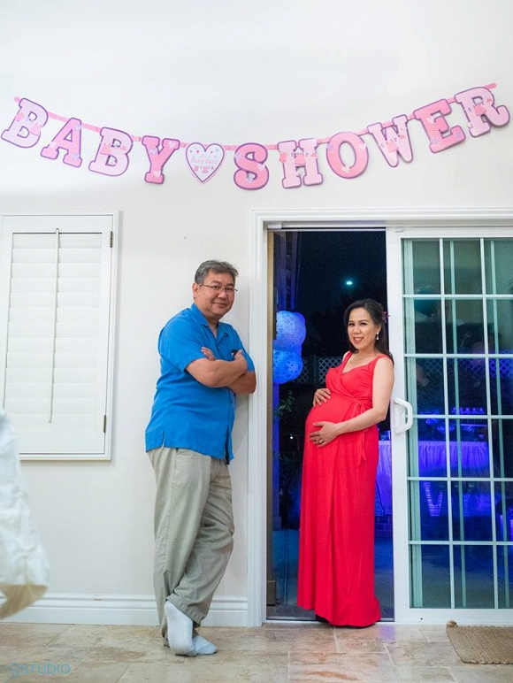 Lộ ảnh hiếm hoi về con gái mới sinh của ca sĩ Mai Thiên Vân - Ảnh 5