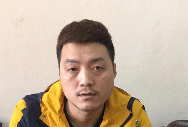 Kẻ trốn truy nã từ Trung Quốc về Việt Nam đầu thú vì sợ nhiễm dịch Covid-19, có thể chết nơi đất khách quê người - Ảnh 1