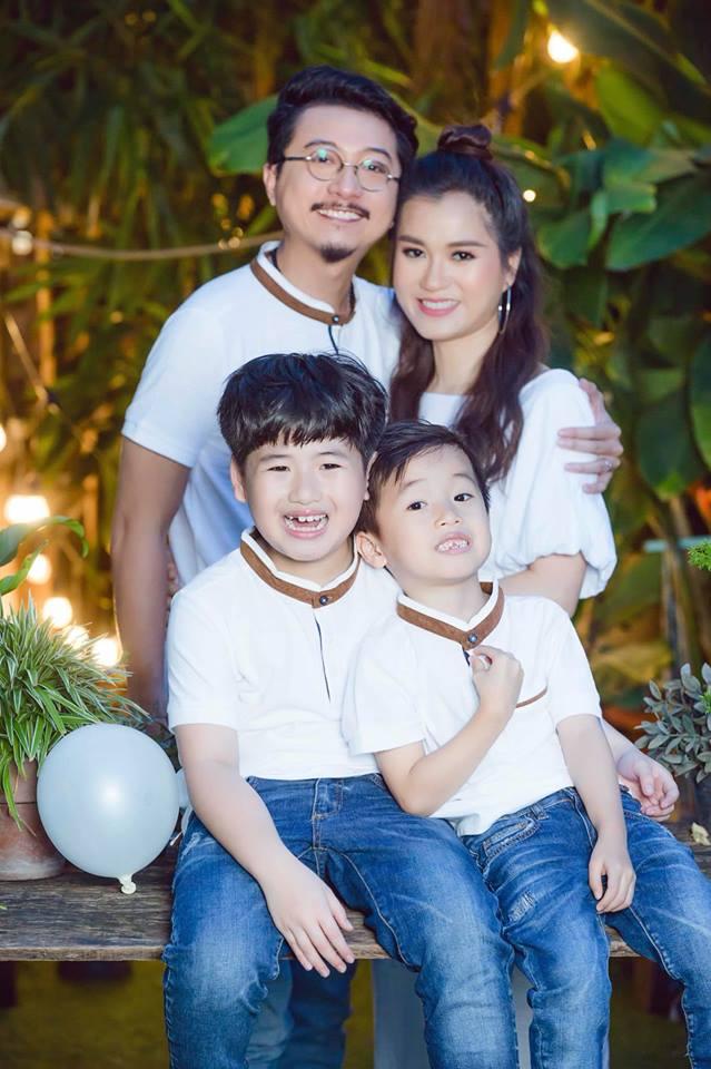 Mặc thiên hạ ngoại tình ly hôn, vợ chồng Lâm Vỹ Dạ 'tay trong tay' làm điều đặc biệt cho con trai - Ảnh 4