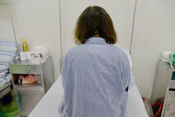 Người phụ nữ U50 tử vong trong tình trạng không mặc quần áo, nghi do sốc thuốc giảm cân - Ảnh 1