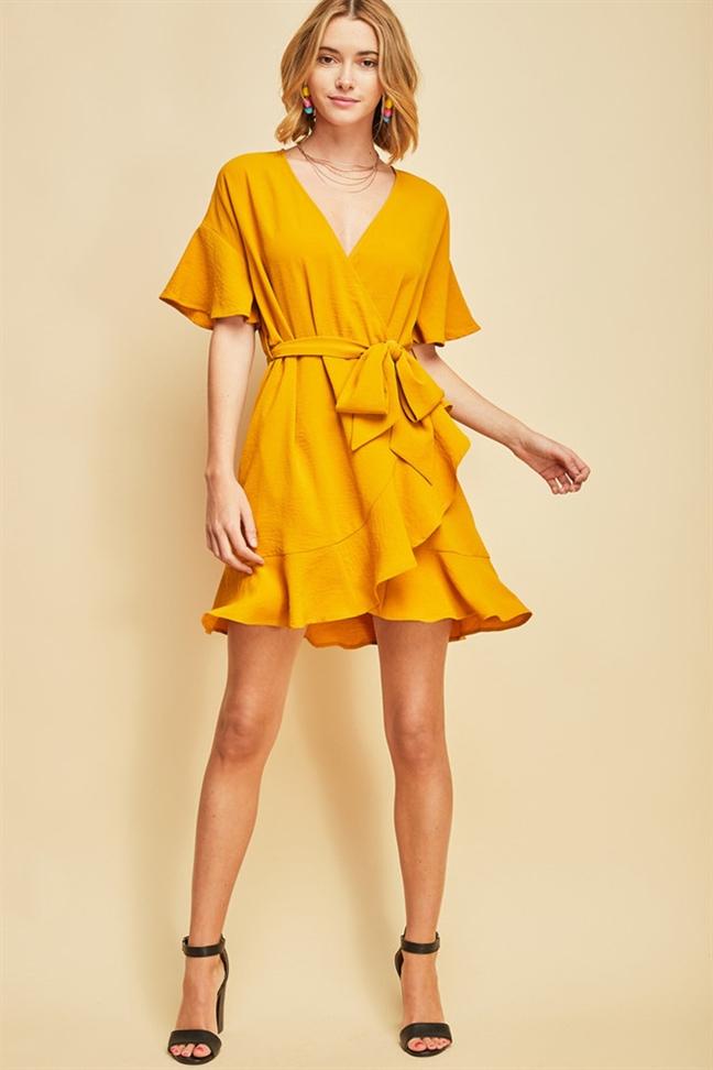 Wrap dress - chiếc váy mùa hè xinh tươi cho mọi cô nàng - Ảnh 1