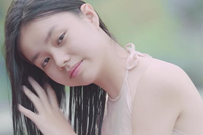 Mẹ nữ diễn viên 13 tuổi cho con đóng cảnh nóng phim 'Vợ ba': Dũng cảm hay đáng chê? - Ảnh 3