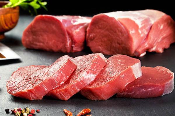Mẹo chọn thịt bò tươi ngon, không nhầm lẫn với thịt lợn tẩm màu thực phẩm - Ảnh 2