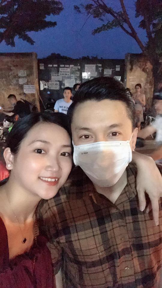 Sau loạt tin đồn rạn nứt, Lam Trường đưa bà xã đi du lịch Hội An - Ảnh 1