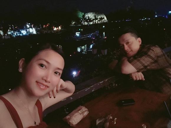 Sau loạt tin đồn rạn nứt, Lam Trường đưa bà xã đi du lịch Hội An - Ảnh 3