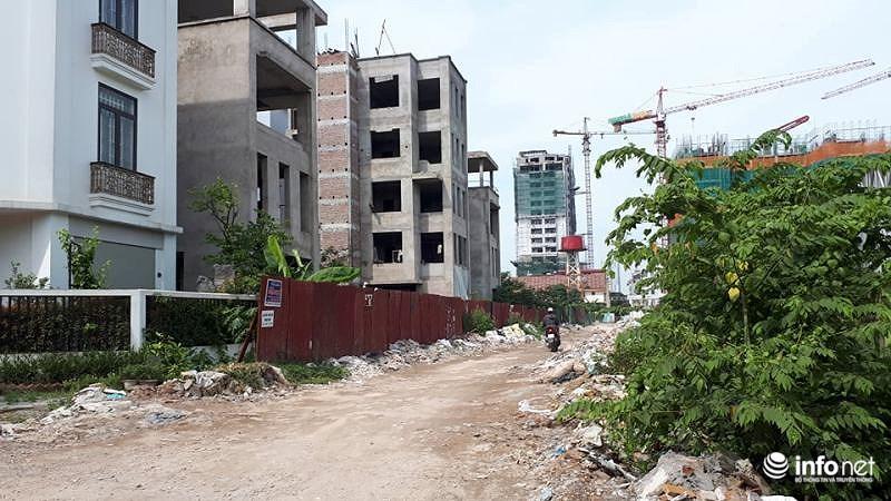 Biệt thự tiền tỷ hoang phế, không người ở giữa Thủ đô - Ảnh 6