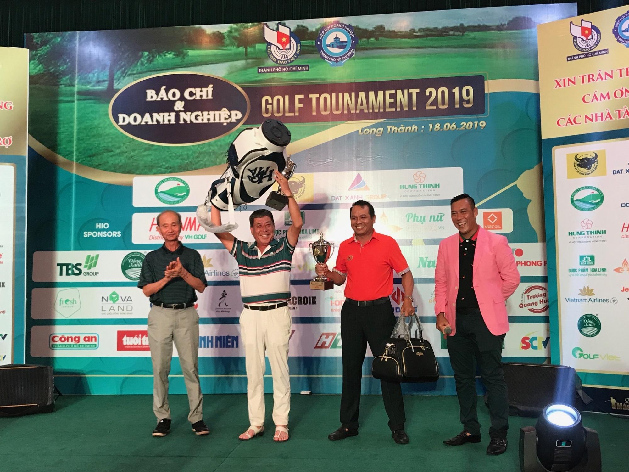 Tưng bừng giải Golf Báo chí và Doanh nghiệp 2019 mừng ngày Báo chí Cách mạng Việt Nam - Ảnh 5
