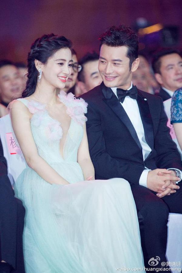 Mặc netizen tố giả tạo, Huỳnh Hiểu Minh khẳng định tình cảm dành cho Angela Baby chỉ với một hành động  - Ảnh 3