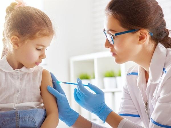 Không tiêm vaccine, trẻ em sẽ mắc phải 6 căn bệnh đáng sợ này - Ảnh 2