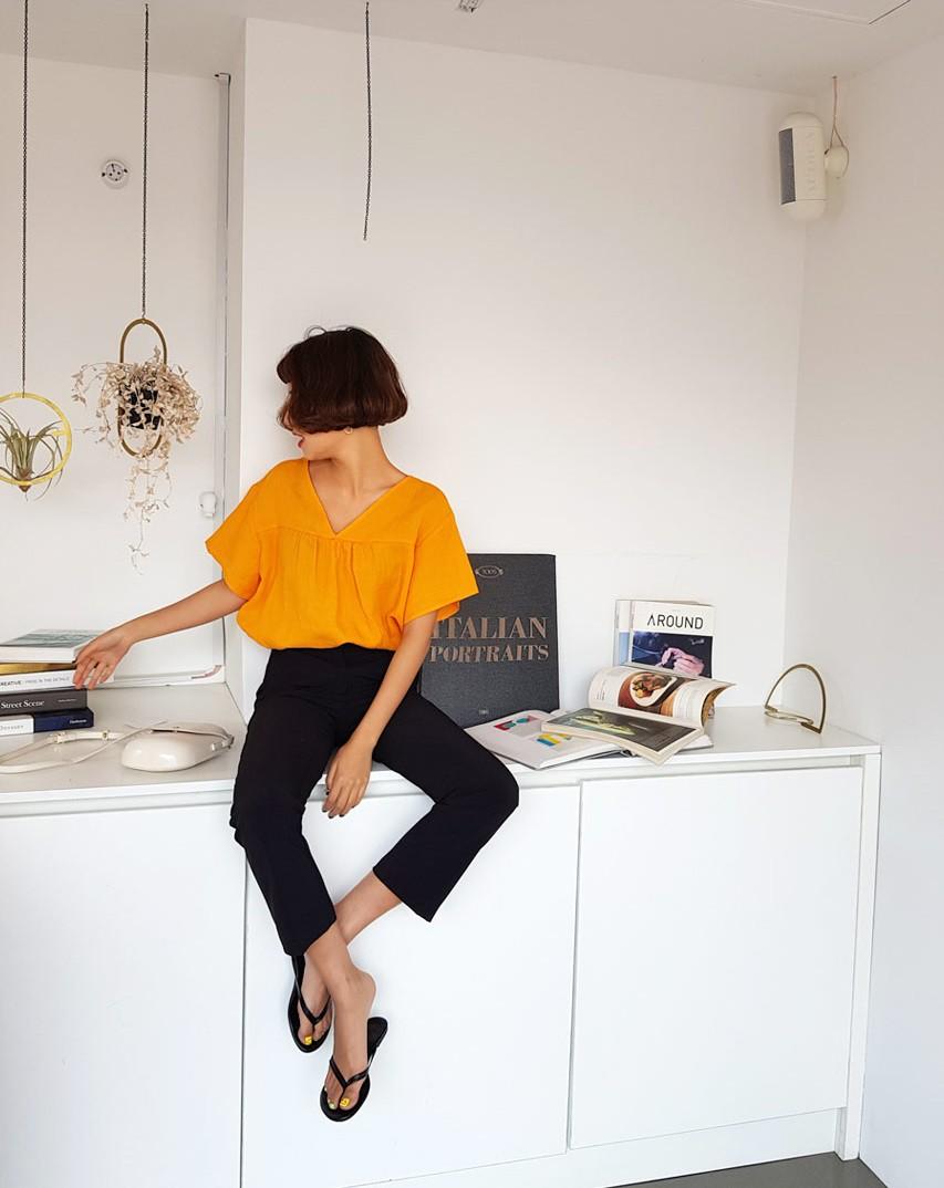 Nếu thấy phong cách công sở của mình thật tẻ nhạt thì 4 tips diện đồ này sẽ giúp bạn thêm tự tin và lôi cuốn - Ảnh 6
