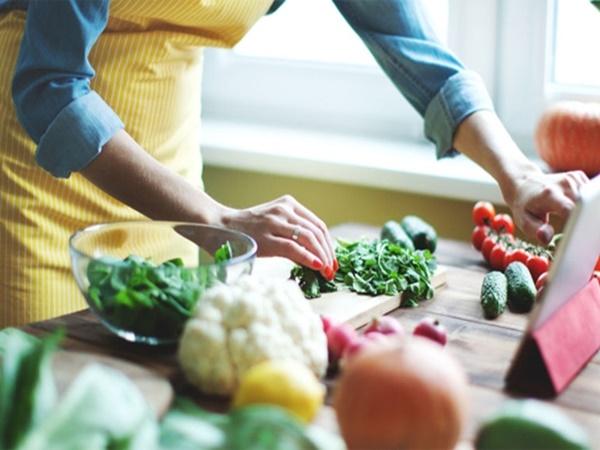 Muốn giảm cân, cần tránh những sai lầm này khi nấu ăn - Ảnh 1