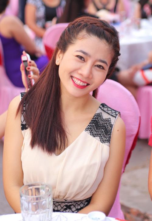 Một mình nuôi con gái 5 tuổi, diễn viên Mai Phương suy sụp khi bị ung thư phổi giai đoạn cuối - Ảnh 1