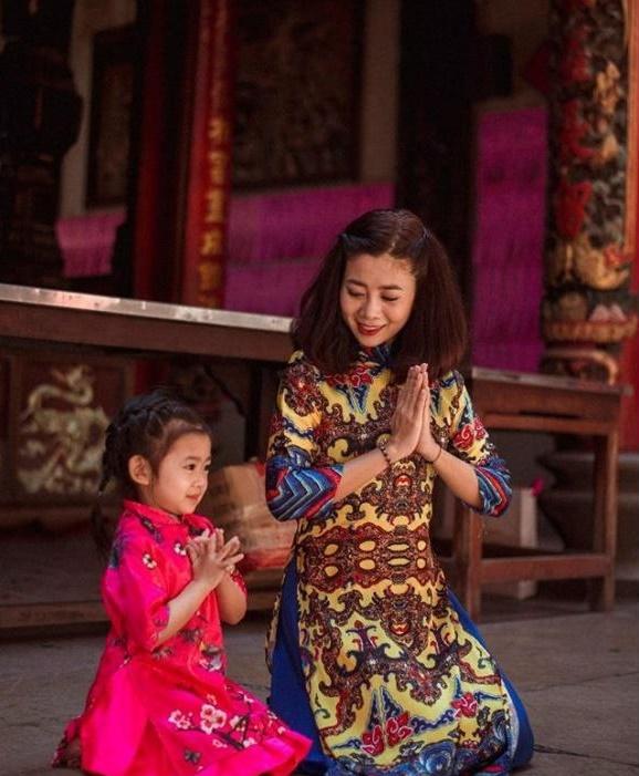 Một mình nuôi con gái 5 tuổi, diễn viên Mai Phương suy sụp khi bị ung thư phổi giai đoạn cuối - Ảnh 2