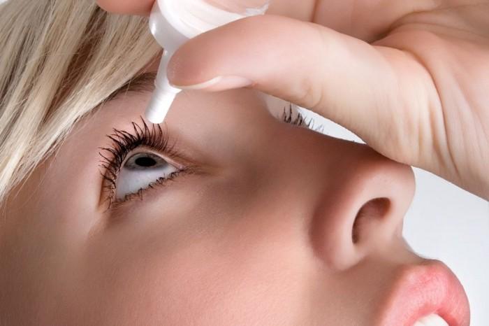 Những thói quen xấu gây ảnh hưởng nghiêm trọng đến thị lực mà nhiều người vẫn hay mắc phải - Ảnh 3