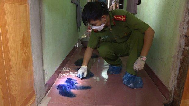 Vụ hai vợ chồng bị sát hại trong đêm ở Hưng Yên: Hai con chó to 30kg xích sau nhà nhưng không sủa - Ảnh 2