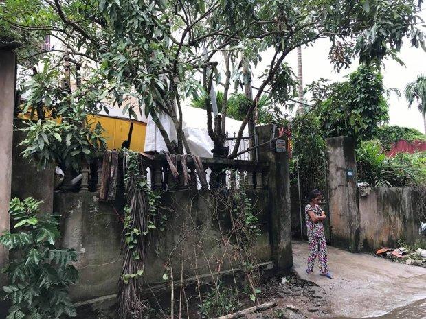 Vụ hai vợ chồng bị sát hại trong đêm ở Hưng Yên: Hai con chó to 30kg xích sau nhà nhưng không sủa - Ảnh 5