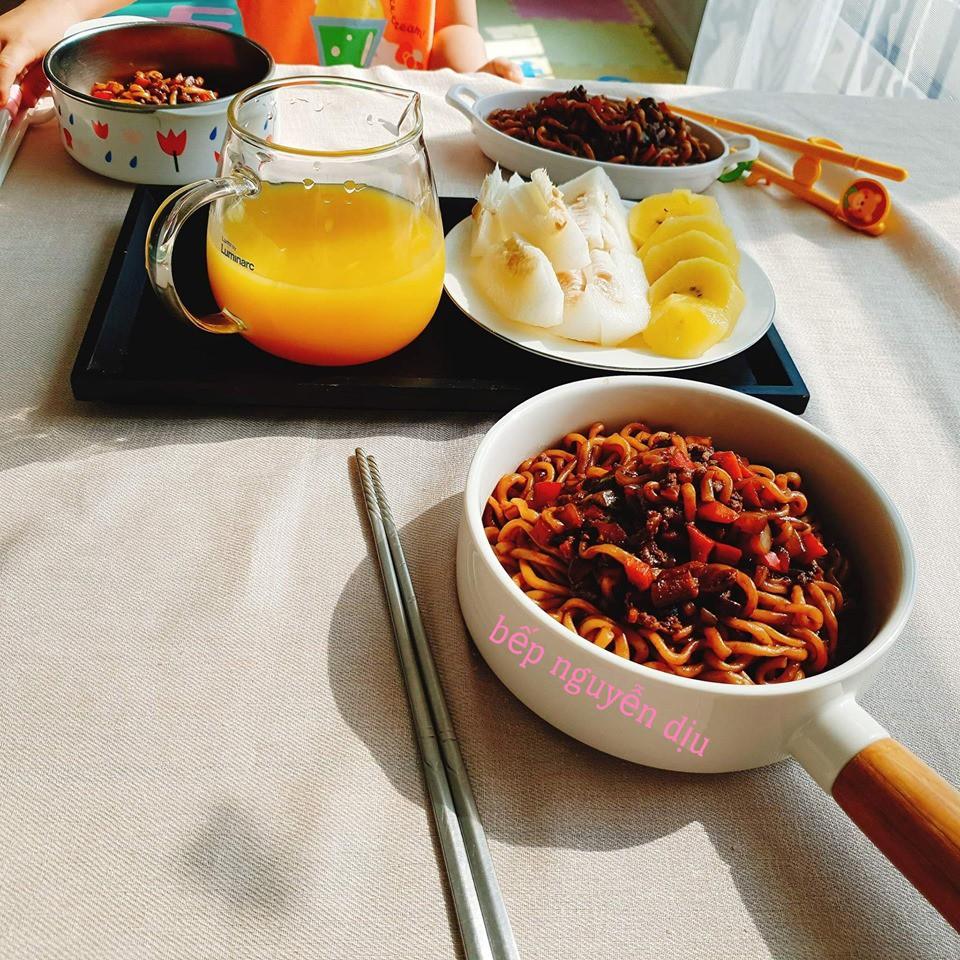 Cô dâu Việt 9x tại Hàn với những bữa sáng tự nấu ngon tuyệt khiến cộng đồng mạng 'dậy sóng'! - Ảnh 3