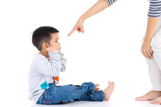 Thay vì la mắng trẻ, đây là những việc mẹ nên làm khi tức giận! - Ảnh 2