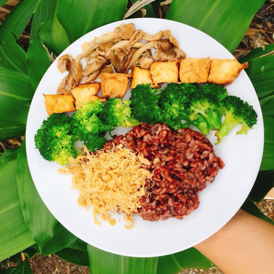 Từng nhập viện vì chỉ ăn rau luộc và kiêng đường hoàn toàn, nàng 8X Vũng Tàu đã tự học theo chế độ ăn này để giảm 10kg - Ảnh 6