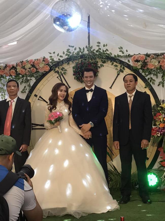 Diên viên 'Ngược chiều nước mắt' Hà Việt Dũng bí mật kết hôn cùng vợ mĩ nhân - Ảnh 2
