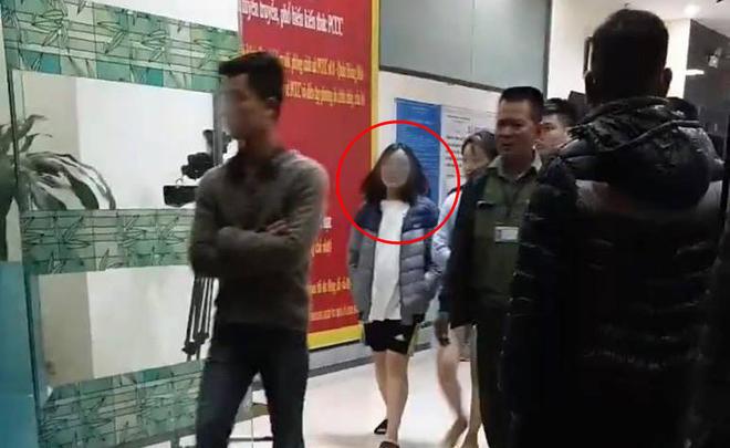 Lời khai chấn động của người mẹ trẻ vụ bé sơ sinh nghi bị ném xuống đất tử vong ở CC Linh Đàm - Ảnh 1