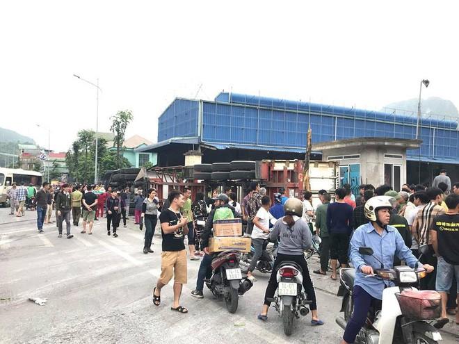 4 người thương vong sau tai nạn giao thông liên hoàn ở Quảng Ninh - Ảnh 1