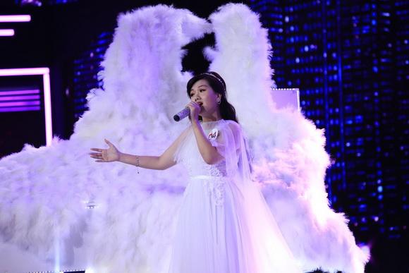 Trấn Thành khen Anna Lan Ngọc - em gái Chí Tài có phong thái diva - Ảnh 5